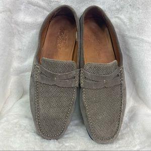 Saks fifth Avenue men's suede loafer driving shoe